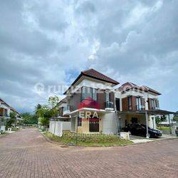 Rumah Siap Tinggal di Perumahan Holland Village Manado