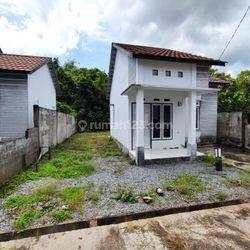 Rumah Jl Ambawang Komplek Lavender 1