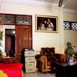 Rumah Siap Huni Tanah Luas 336m2 Dekat Kampus STEKOM Majapahit