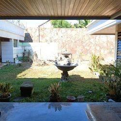 Rumah MH Thamrin, Strategis dekat Raya Darmo, Diponegoro