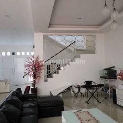 Rumah semi furnished 3 Lantai luas 12x24 285m2 Citra Garden Jakarta Barat