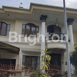 Rumah semi funished di Vila Bukit Mas rempoa Jakarta selatan