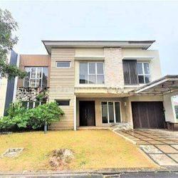 Rumah premium siap huni 2 lantai type 5KT luas 336m 12x24 Cluster Dbanyan JGC Jakarta Garden City Cakung