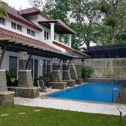 Rumah Mewah Asri 10M-an Di BSD Taman Tirta Golf Dekat Plaza BSD , Binus. Alses Tol Serpong