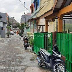Rumah Jual 7 kamar tidur selangkah menuju Kelapa Gading