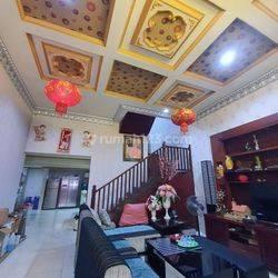 Rumah Siap Huni Krekot Pasar baru, Luas tanah 213 m2, SHM, Hadap Selatan Harga 5,8 Milyar Negoo smp Deal, Pasar Baru Jakarta Pusat,