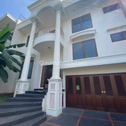 Rumah Puri Indah, 12x20, 2 Lantai, Bagus & Siap Huni - 08.1212.560560