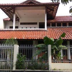 Rumah dekat MRT Lebak Bulus