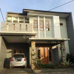 Rumah Dalam Town House Cipadu Siap Huni