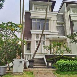 Rumah Full Furnish Ada Lift Di Emerald Cove Gading Serpong