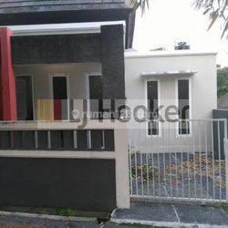Rumah Minimalis Siap Huni di Lingkungan Perumahan di Perum. Pesona Gaji Dalung Jl. Genta Sari Dalung