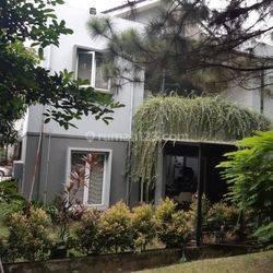 Rumah hook cantik di Castilla BSD City
