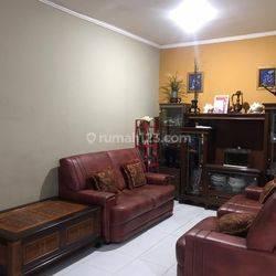 Rumah siap huni one gate system lokasi strategis di modernland Kota Tangerang