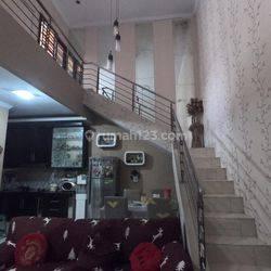 Rumah 2 lantai, strategis didalam perumahan Cluster, Batu Ampar 1 Condet - Jakarta Timur