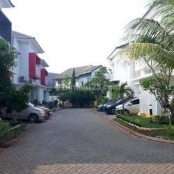 Rumah Dalam Cluster Sektor 9  Pondok Pucung Full Furnished