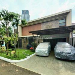 Brand new townhouse semi furnished di Patra Kuningan jakarta selatan