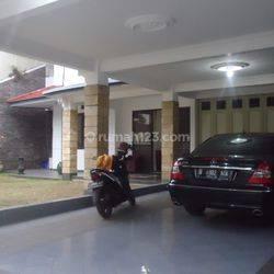 Rumah Di Bandung Utara