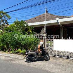 Rumah Minimalis Gaya Bali 5 Kamar Tidur Lokasi di Denpasar Barat