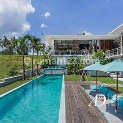 5 BEDROOM LEASEHOLD VILLA WITH AN AMAZING PADDI VIEWS