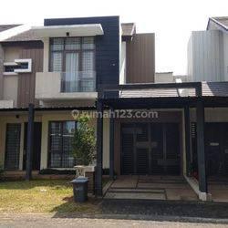 Rumah Full furnished di cluster
