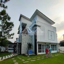 Rumah mewah dalam komplek elit Bintaro sektor 2