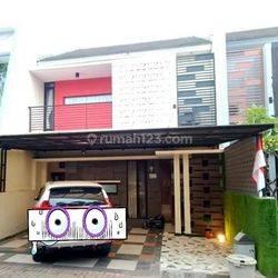 Jual murah rumah mewah, strategis dekat TOL, dalam cluster terawat di Cipedak, Jagakarsa, Jakarta Selatan