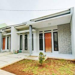 Rumah 1 1/2lt  minimalis modern • LOKASI PD.PUCUNG TANGSEL • lokasi asri strategis aman nyaman dan bebas banjir