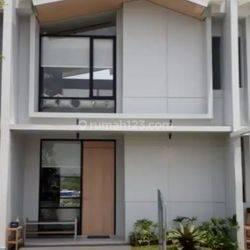 Rumah 2 lt, dalam cluster, developer unggulan Lippo group Di Karawaci
