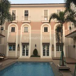 Rumah Semi Villa Alesha Vanya Park BSD City Tangerang Selatan