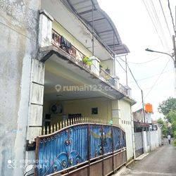 Dijual Rumah + Kontrakan 3 Pintu + Kosan 2 Pintu Jalan Karya Utama Srengseng Kembangan Jakarta Barat