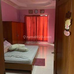 Rumah Siap Huni Jl. Abdullah-Thalib Jakarta Barat, SHM, 4+1Kamar