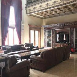 Rumah lux klasik furnish di Puri Jimbaran - Ancol Timur