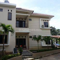 Rumah asri nyaman dan  aman di Jagakarsa dekat toll Desari