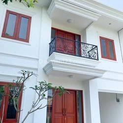 Rumah baru siap huni, akses dekat alam sutera di Pondok jagung, Graha raya