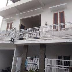 Rumah minimalis 3 lantai Cluster Sariwangi 5 menit polban