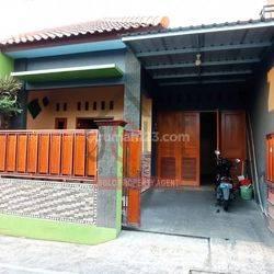 Rumah Cantik Nyaman Nusukan Surakarta (YA)