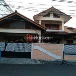 Rumah tinggal berikut rumah kos strategis jual cepat sampai Deal di KS tubun slipi Jakarta Barat