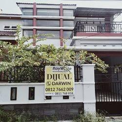 Rumah 2 lantai dekat Kampus UIR