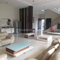 Rumah Hoek Mewah Siap Huni di Permata Buana - 18x20 - 087788449910