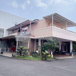 Rumah Modernland Tangerang, 12x15, 2 Lantai, Hoek, Furnished - 08.1212.560560