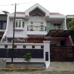 rumah di villa kelapa dua pos pengumben