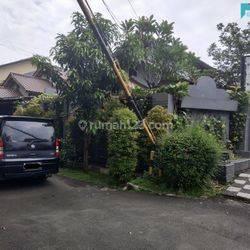 rumah di sektor 3 bintaro tangerang selatan lokasi strtegis bebas banjir