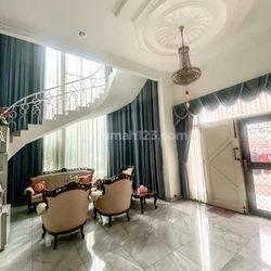 Rumah Hoek Mewah di Jembatan Dua - 400m2 - 087788449910
