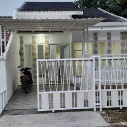 Rumah cantik minimalis di Citra Raya