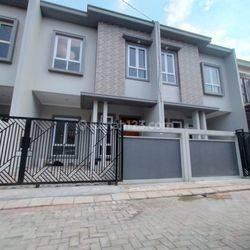 TOWN HOUSE READY LARANGAN SELATAN TANGERANG