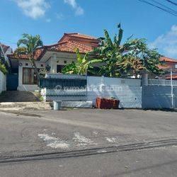 Beautiful House at Perumahan Elite di Mumbul, Nusa Dua
