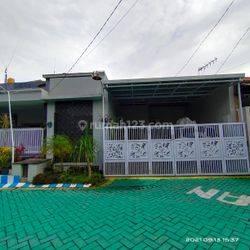 Rumah semi furnished Juanda