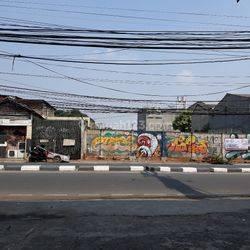 Tanah  Pinggir Jalan Ciputat Raya Tanah Kusir seberang Dealer YAMAHA Swanindo