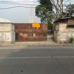 Tanah 2000m2 hadap Jalan Raya Rawa Buaya Cengkareng