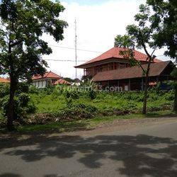 Tanah 2770m2 Langka dan Ekslusif di pusat kota Renon Jln Penjaitan dekat Jalan Tantular dan dekat Rumah sakit BROS,Renon Denpasar Bali (*BISA ambil setengah nya)